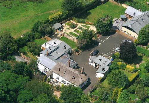 Ariel Photo of Barn and Pinn Cottage and Rooms